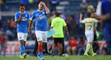 Christian Giménez lamentando la derrota ante América