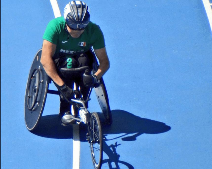 Edgar Navarro ganó otra medalla para México