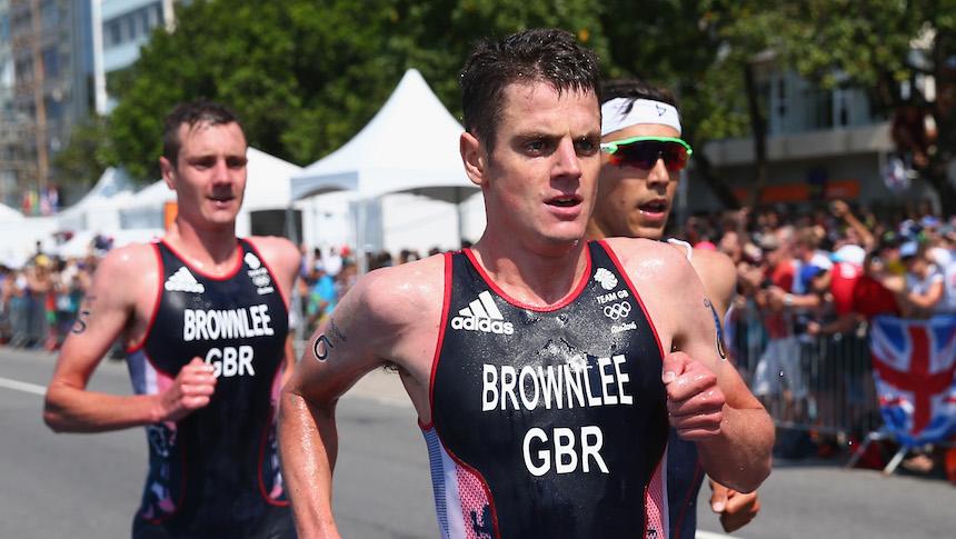 Jonathan Brownlee nos dio uno de los finales más drámaticos que se recuerden en la prueba de triatlon