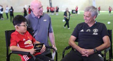 Manchester United cumplió el sueño de 11 niños en una convivencia