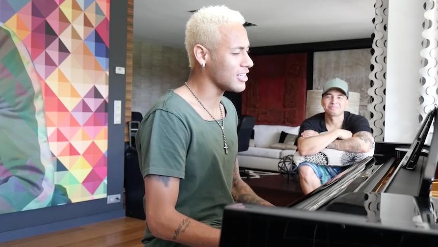 Neymar se estrenó como cantante y lo preferimos de futbolista