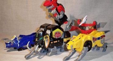 Imágenes de los juguetes de los Power Rangers revelan al primer Zord