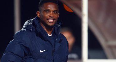 Samuel Eto'o denuncia actos de racismo en su contra ¡y lo suspenden de su equipo!