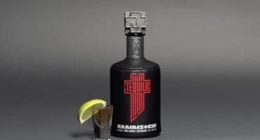 ¡Ya puedes hacer un brindis con el nuevo tequila de Rammstein!