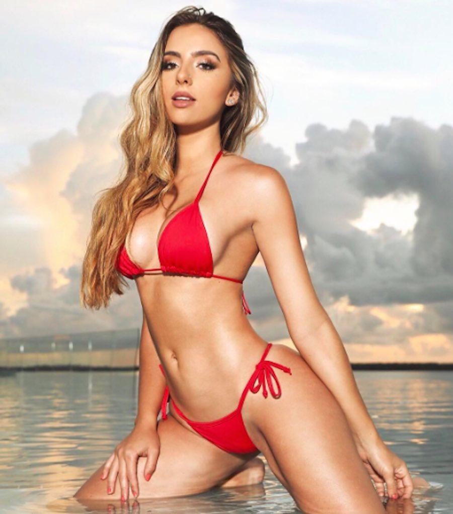 Bruna Lima y su bikini rojo