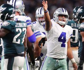 Dak Prescott colaboró en el triunfo de los Dallas Cowboys