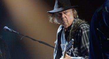 Neil Young anuncia su nuevo disco