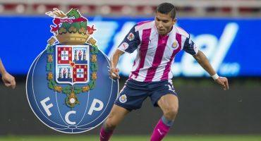 ¿Orbelín Pineda deja Chivas y se nos va al Porto?