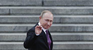 Presidente Vladimir Putin es premiado con... ¿un premio de la paz?
