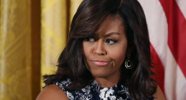 Funcionaria llama a Michelle Obama