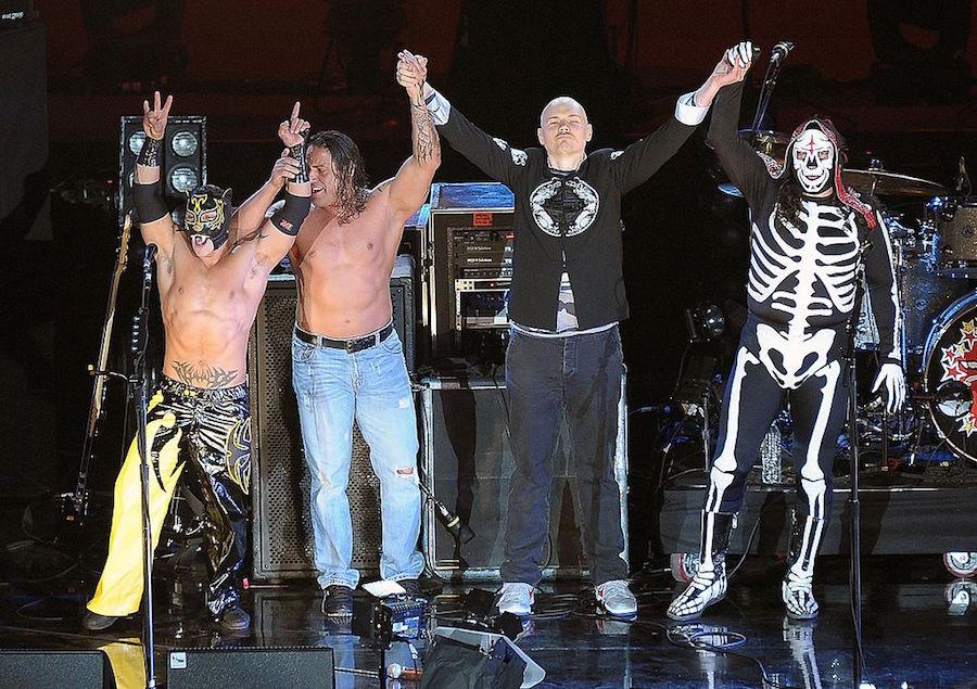 Billy Corgan pierde demanda para hacerse con TNA.