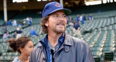 Eddie Vedder y Bill Murray cantan en 'after' tras la victoria de los Cubs