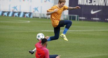¡La nueva sensación del Barcelona es Justin Bieber!