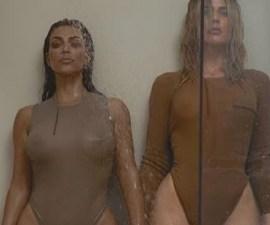 Kim y Khloe Kardashian en una sesión de fotos