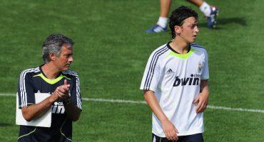 José Mourinho quiere a Mesut Ozil en el Manchester United