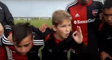 ¡Genio! Niño de diez años da un gran discurso antes del juego del Newell's