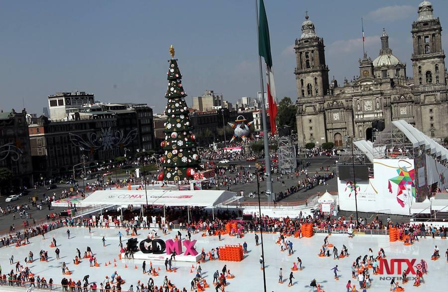 La tradicional pista de hielo en el Zócalo abrirá el próximo 1 de diciembre