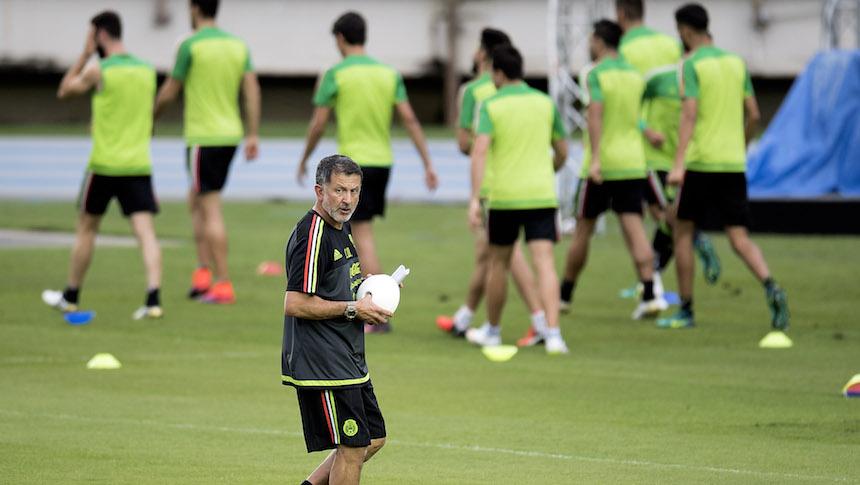 Las razones por las que los seleccionados ya no quieren jugar en el Estadio  Azteca afa1813550be7