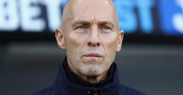 Ni dos meses duró: Bob Bradley despedido del Swansea