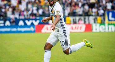 Giovani dos Santos entre los 11 mejores de la MLS