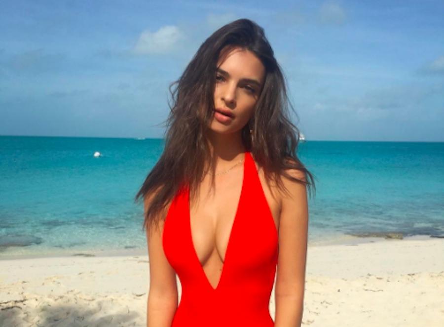 Las Bahamas - Emily Ratajkowski
