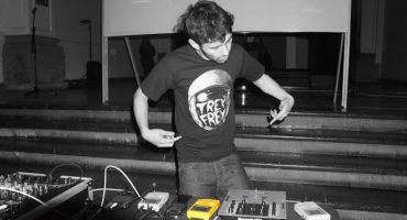 #MartesdeEmergenciaNacional: Gameboys que hacen música en Format.DF