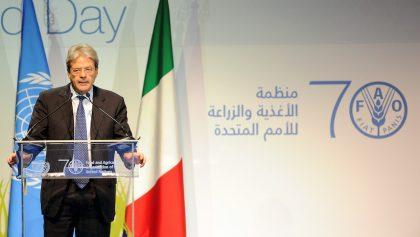 Gentiloni sustituye a Renzi en gobierno italiano