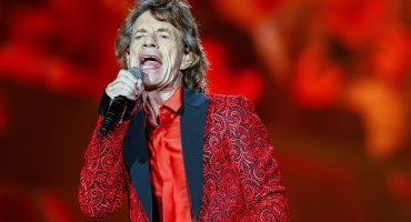 ¡Esta piedra todavía rueda! Mick Jagger es padre por octava vez