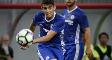 Oscar jugando con Chelsea