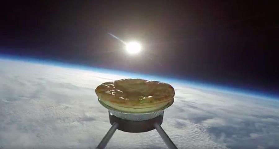 Pay en el espacio exterior