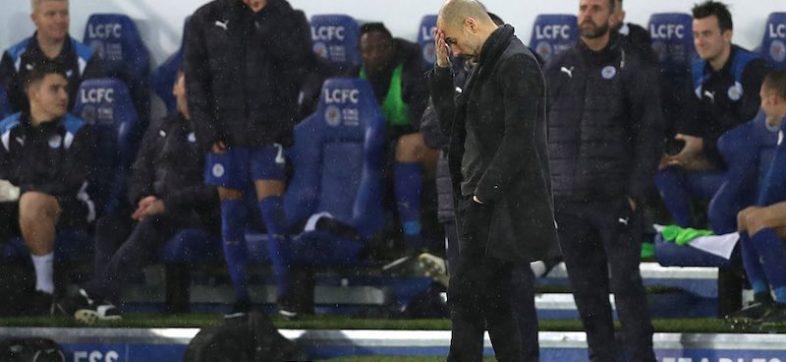 Pep Guardiola triste contra Manchester City