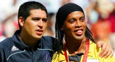 Del retiro a las canchas para ayudar, ¿Ronaldinho y Riquelme al Chapecoense?