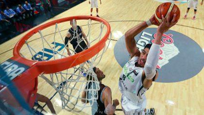 ¡Titánico! Gustavo Ayón elegido el mejor extranjero de la ACB