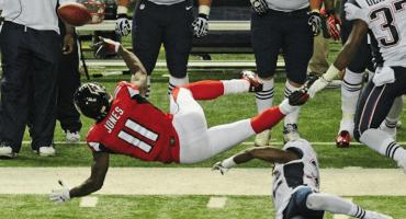 Los Falcons son los que más anotan los Patriots los que menos reciben