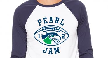 ¡Deme 10! Las increíbles playeras de Pearl Jam y los Seattle Seahawks