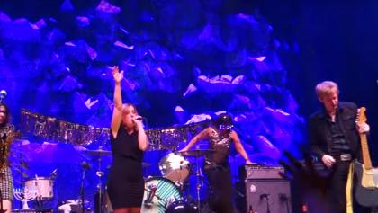Britt Daniel y Sleater-Kinney recibieron el año homenajeando a Bowie