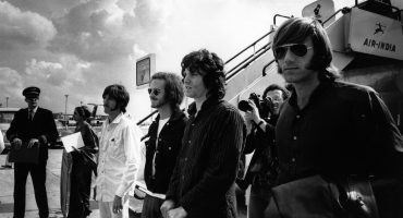¡Apagamos las 50 velitas del debut de The Doors con estos covers!