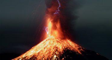 Sorprendentes imágenes ofrece la explosión del volcán de Colima