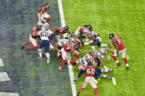 James White logra otro TD para los Patriots