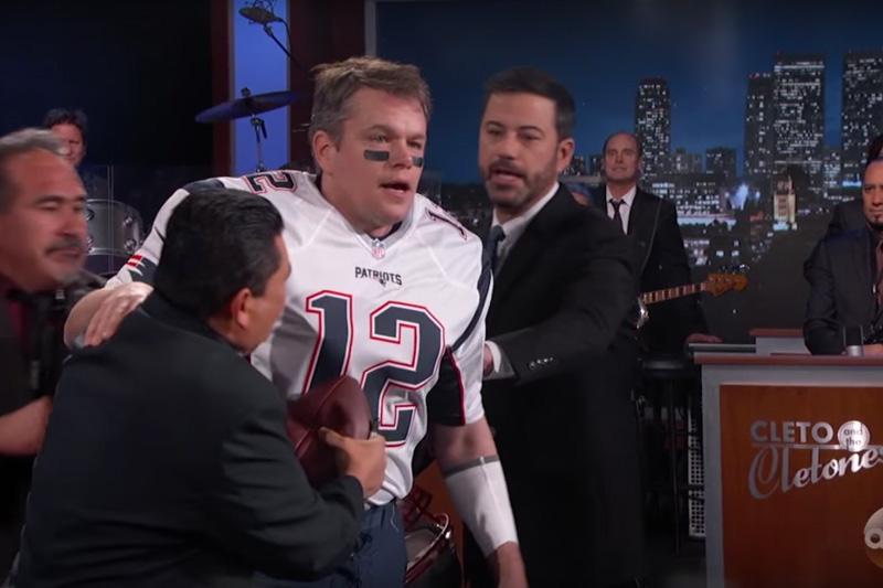 Matt Damon se disfraza de Tom Brady con Jimmy Kimmel