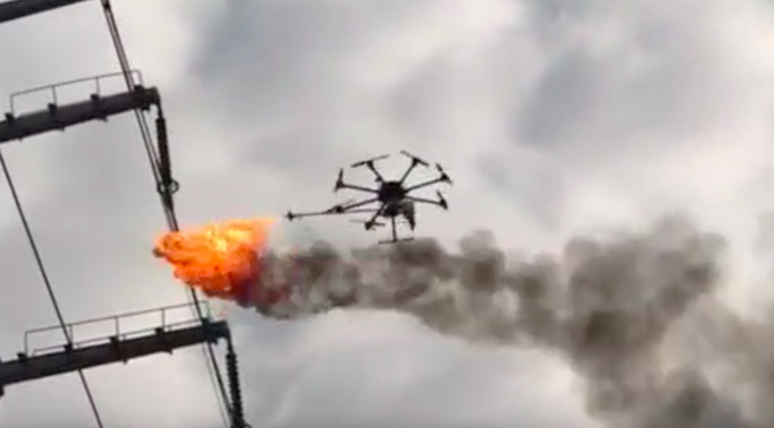 El drone lanzallamas de China