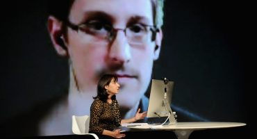 Edward Snowden podría convertirse en el regalo de Rusia para Trump