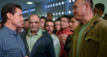 EPN recibe a repatriados: