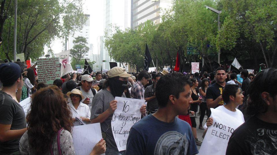 Alumnos de la UNAM rechazan participar en la marcha #VibraMéxico