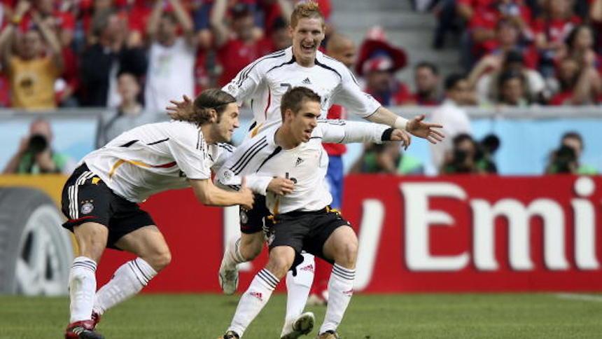Philipp Lahm celebrando su gol en el Mundial 2006