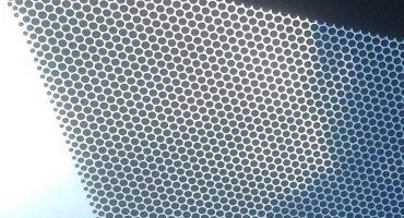 Preguntas importantes: ¿para qué son los puntos negros en el parabrisas?