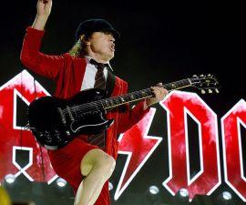 Un genio hizo este cover a Thunderstruck de AC/DC.