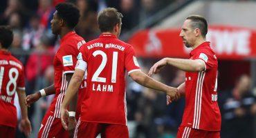 El Bayern Munich aplasta al Colonia y va que vuela rumbo al título