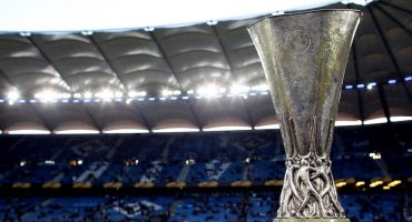El trofeo de la Europa League visita México por primera vez