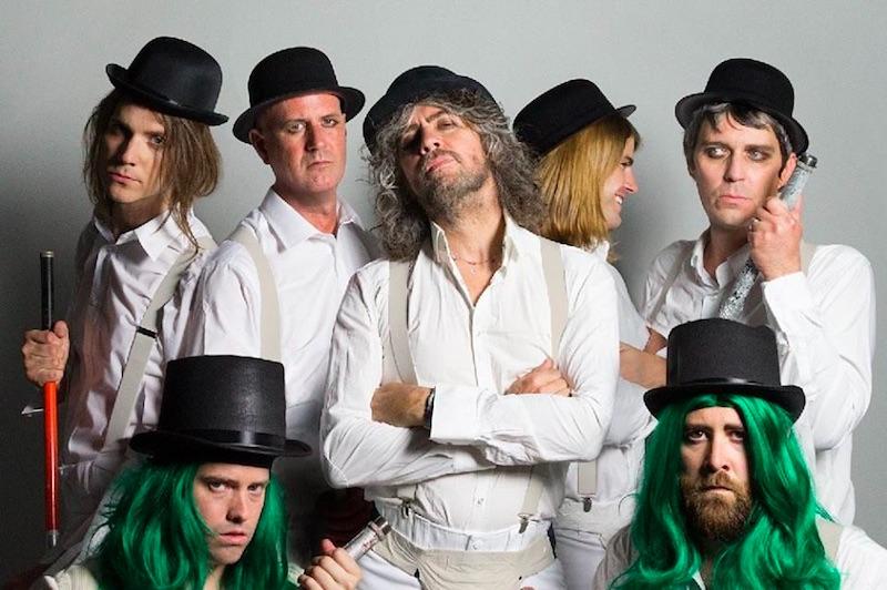 ¡The Flaming Lips presume sus nuevas canciones desde un unicornio!